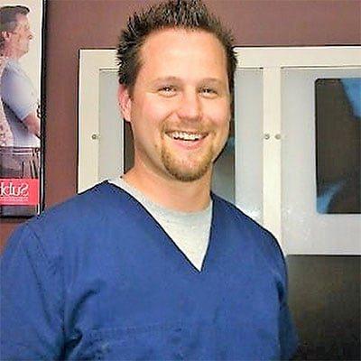 Chiropractor Vernon Hills IL Michael Hartlett